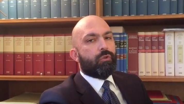 Come agire contro un giudice da cui ci si ritiene danneggiati